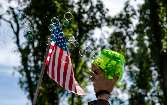 Debate bubbles